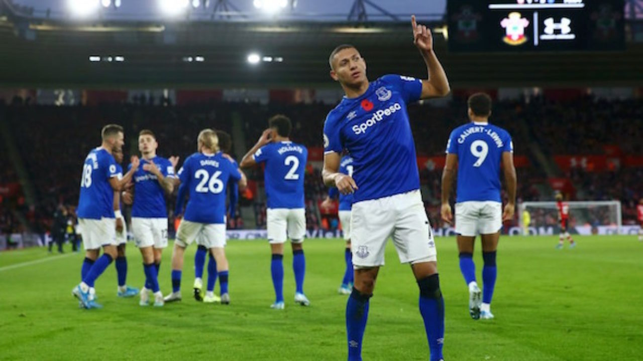 10 man Everton secure derby point to maintain lead at the top – KBC